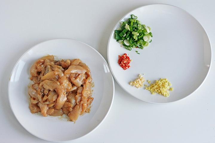 chicken-ingredients-rolls