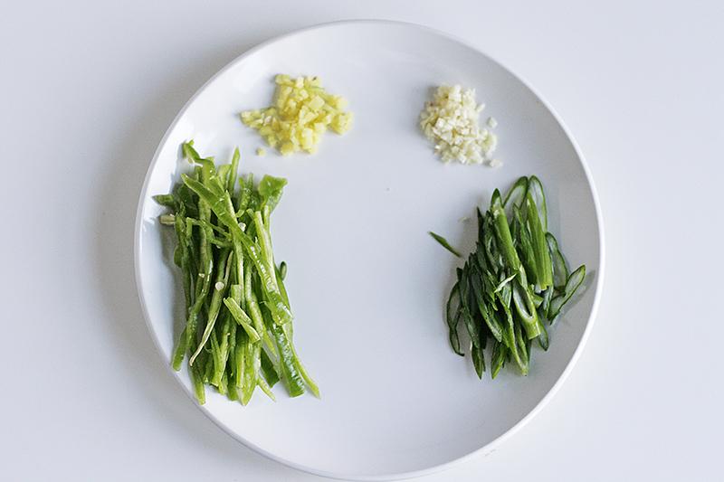shredded-potato-ingredients