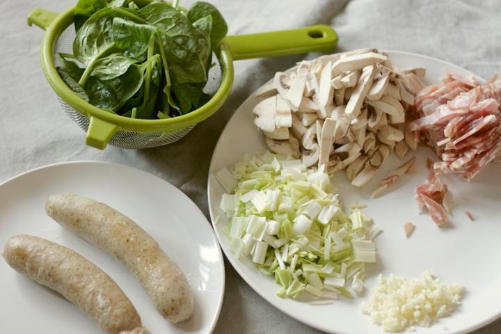 Ingredients - Leek mushroom pasta